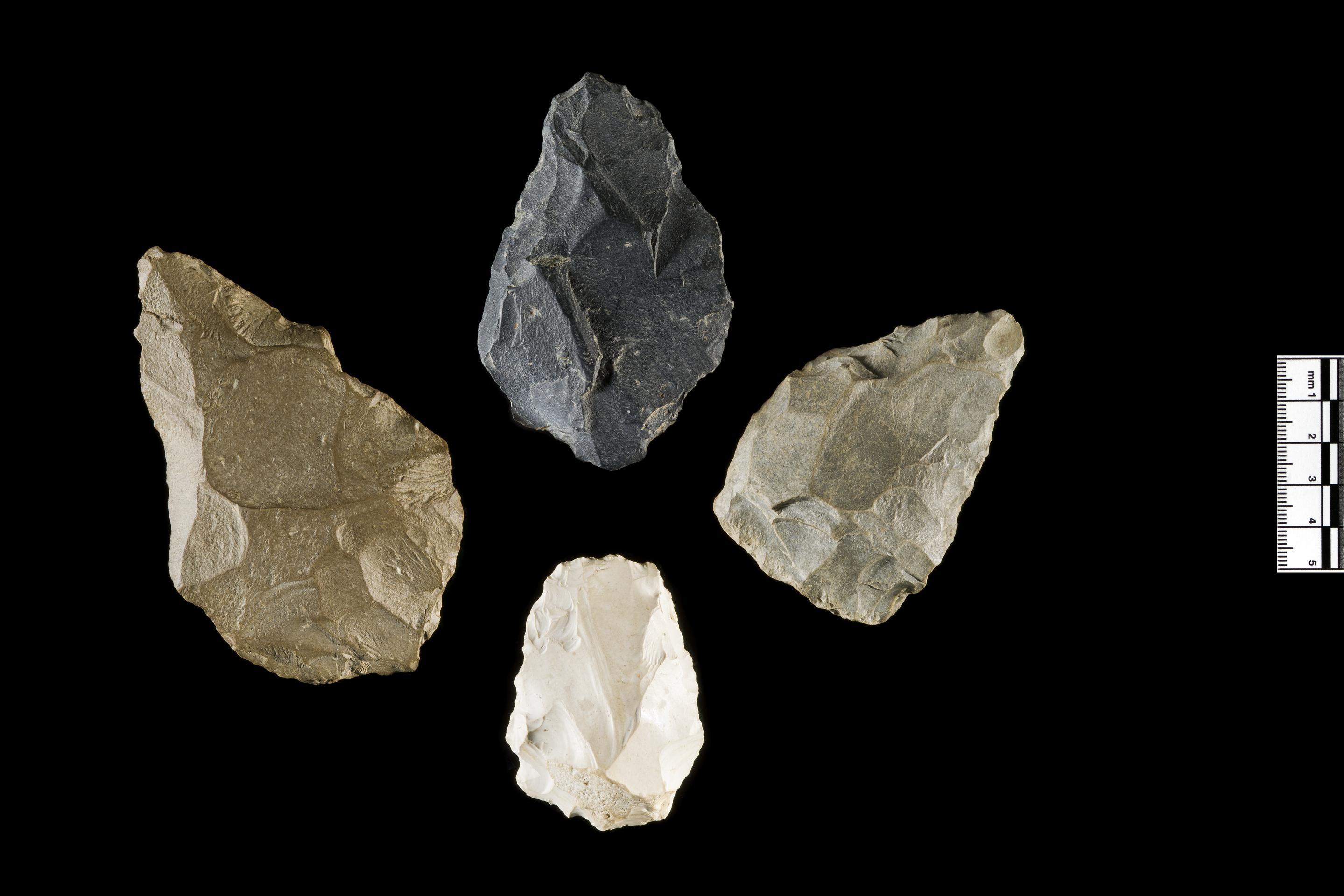 Open the image &lsquoHandaxe group'