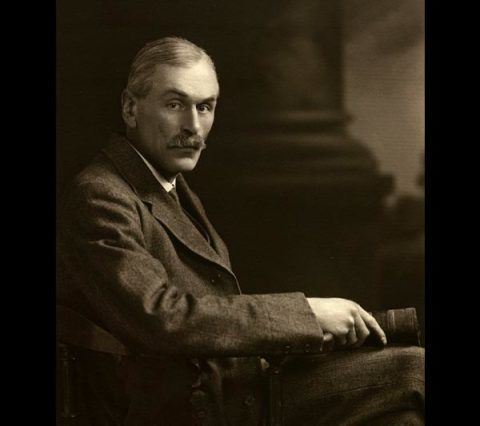The British collector Arthur Edwin Boycott, 1925.