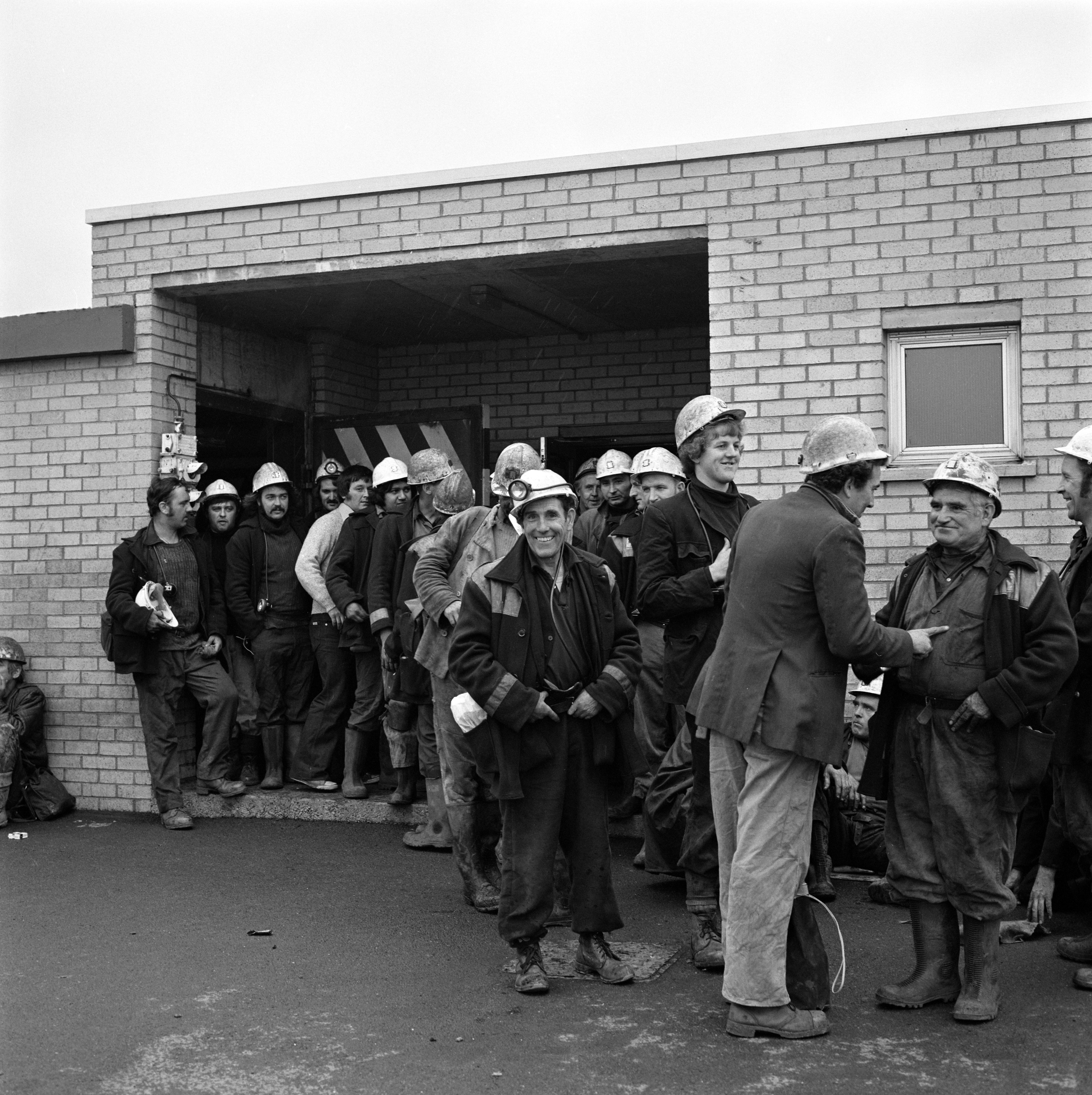 Betws Mine, the afternoon shift waiting for the manriding train, c.1976
