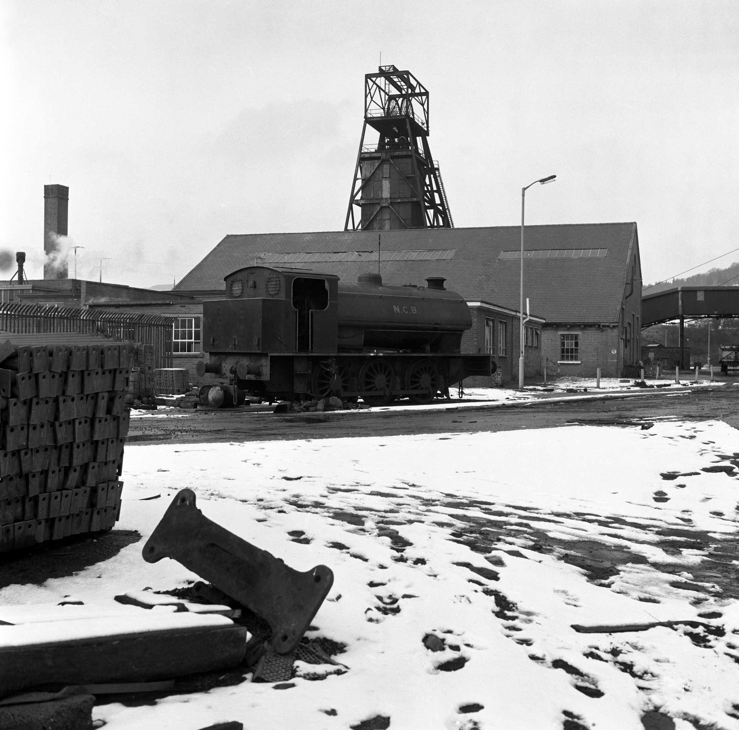 Lady Windsor Colliery, steam locomotive with the upcast shaft in the background, 1977