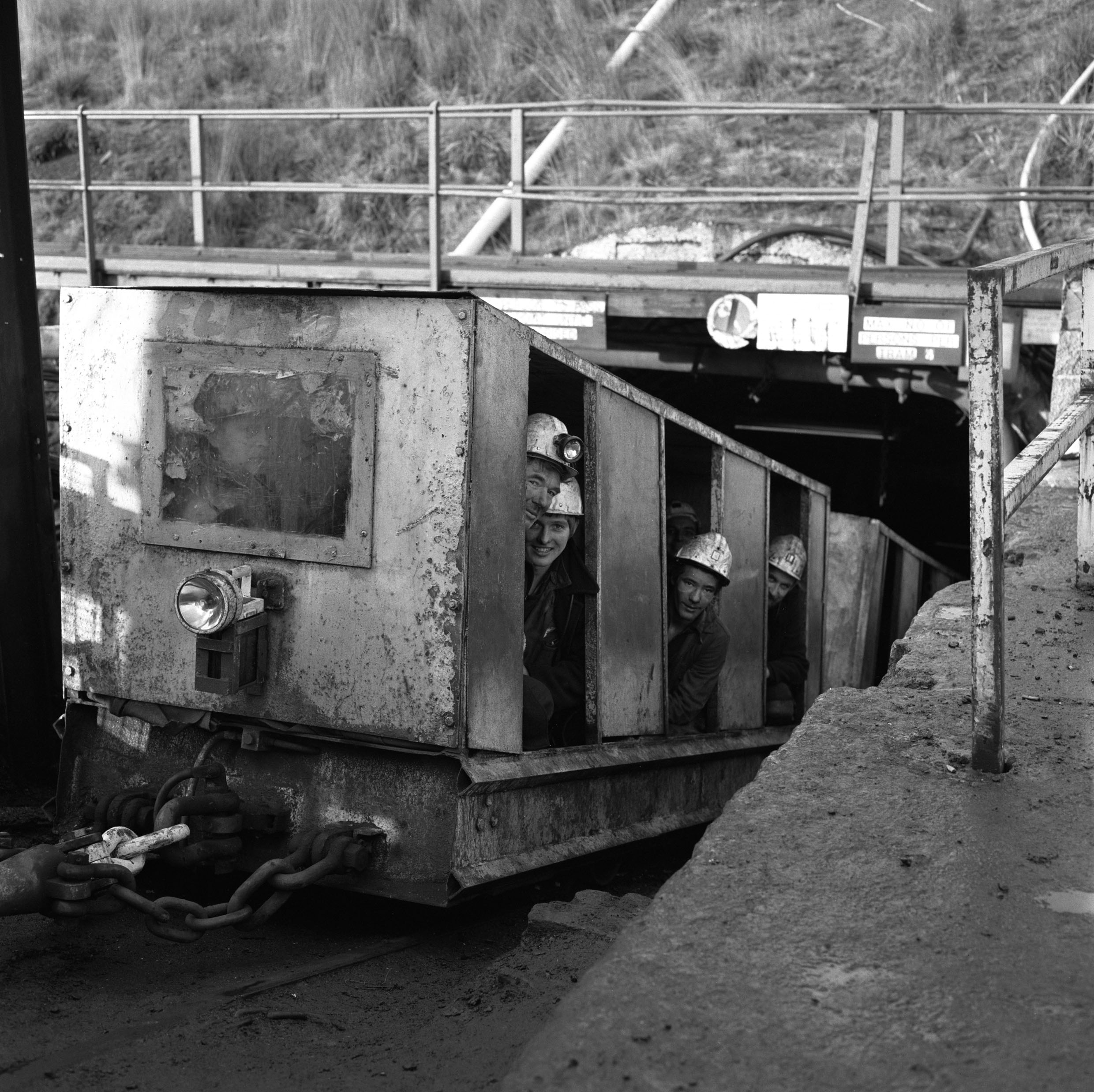 Treforgan Colliery with the afternoon shift waiting to descend 1979