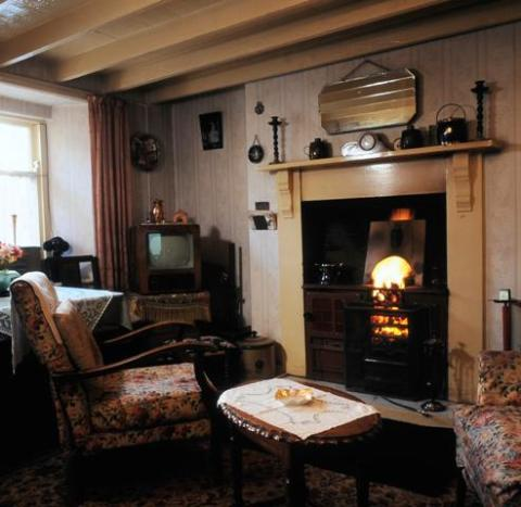 Interior of the 1955 house, Rhyd-y-car, at St Fagans National Museum of History