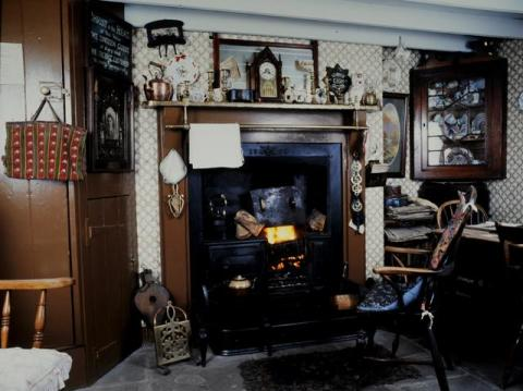 Interior of the 1925 house, Rhyd-y-car, at St Fagans National History Museum