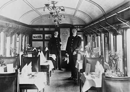 Dining saloon carriage on the 'Ocean Express' from Fishguard, 14th September 1909