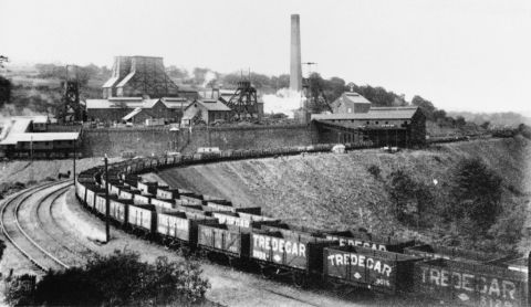 Cwmcarn colliery, 1907 (b/w photo)