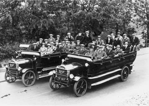 NALGO charabanc outing (b/w photo)