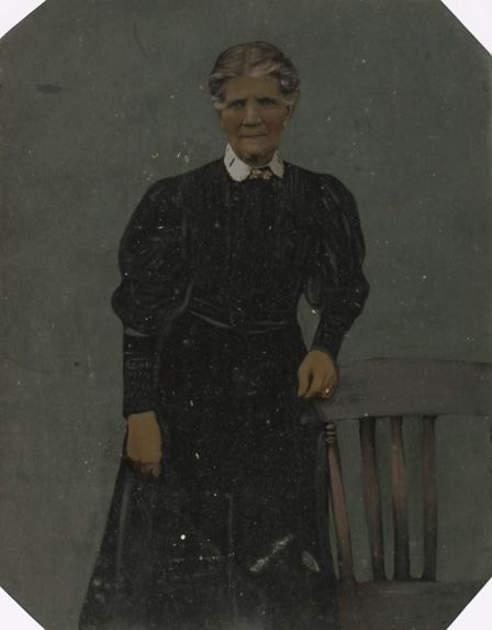 Portrait painted on tinplate
