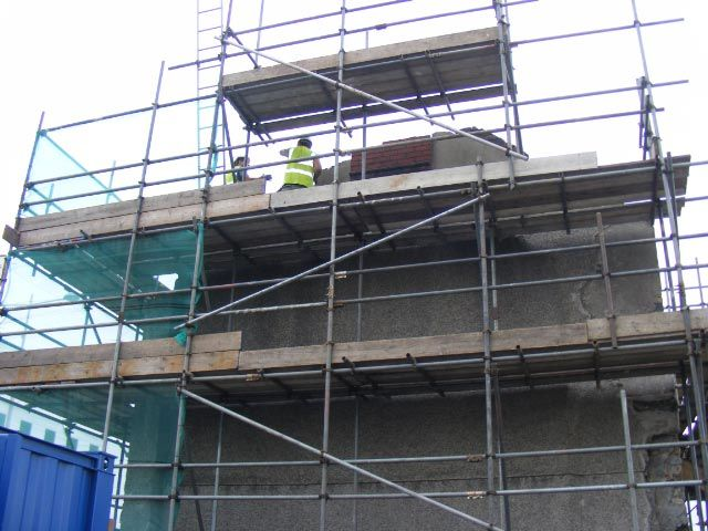 Dismantling the Vulcan Pub, Cardiff, prior to removal to St Fagans National Museum of History