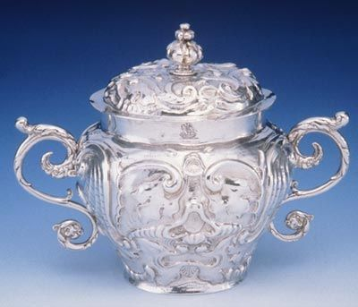 Two-handled cup and cover, London 1668