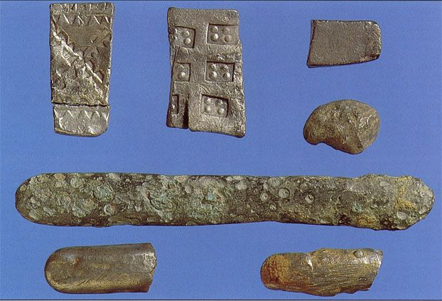 10th-century fragments of silver ingots and arm-rings