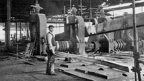 Steel works roughing mill, 1907