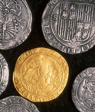 Spanish gold and silver coins of Ferdinand and Isabella (1479-1504)