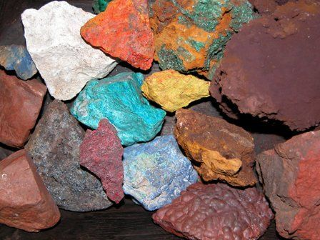A selection of natural minerals used by the Romans to make pigments.