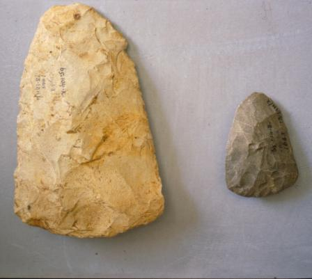 Bout coupè handaxes (Coygan Cave). These tools are characteristic of Neanderthal technology.