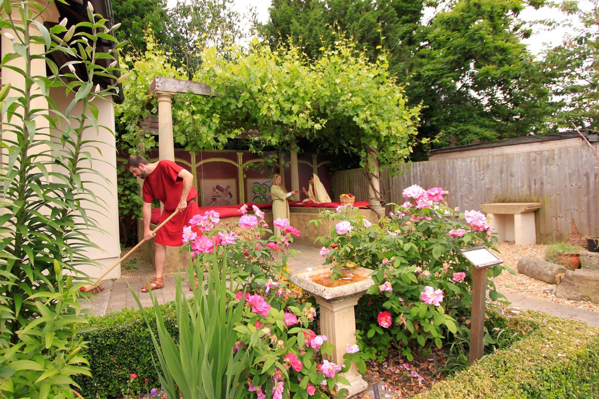 Roman garden national museum wales for Roman garden designs