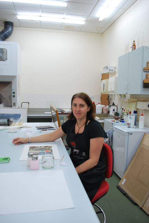 Photo of Emily O'Reilly, Principal Conservator Paper