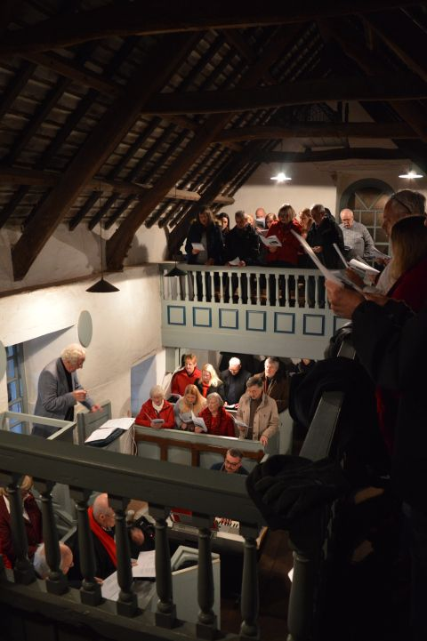 Singing in Pen-rhiw Chapel