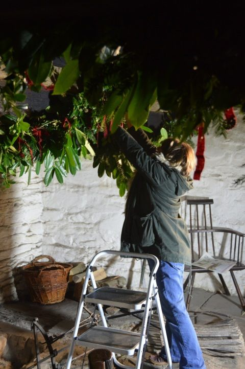 Image: putting up Christmas Greenery at St Fagans