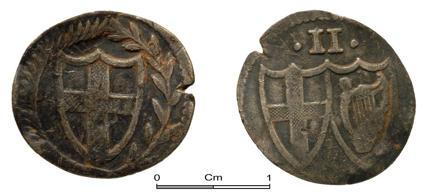Commonwealth half groat (twopence) found by R. W. Bevans in Manorbier, Pembrokeshire, 2009. The smaller denomination coins did not have a legend or date.
