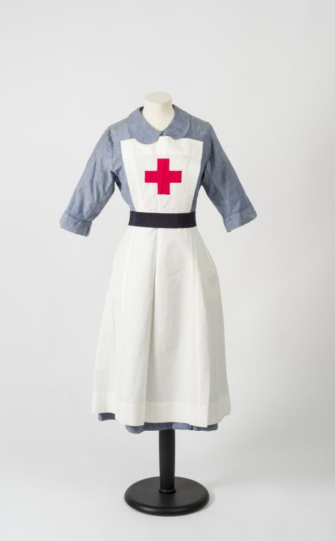 Hetty Edward's Red Cross uniform [from the collections at St Fagans National Museum of History]