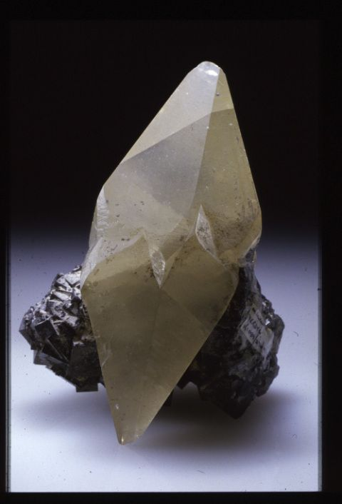 A twinned scalenohedral calcite crystal from Millclose mine, Derbyshire forming part of the R.J. King mineral collection at the museum (no. NMW 83.41G.M.5085).