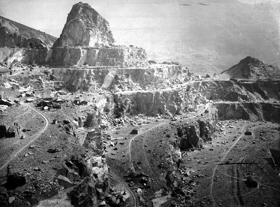 Black and white photograph of Dinorwig Quarry