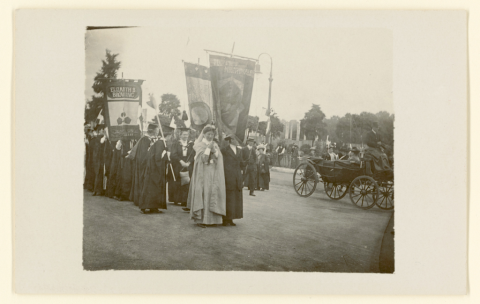 Members of the Cardiff and District Women's Suffrage Society marching in Cathays Park, 1913.